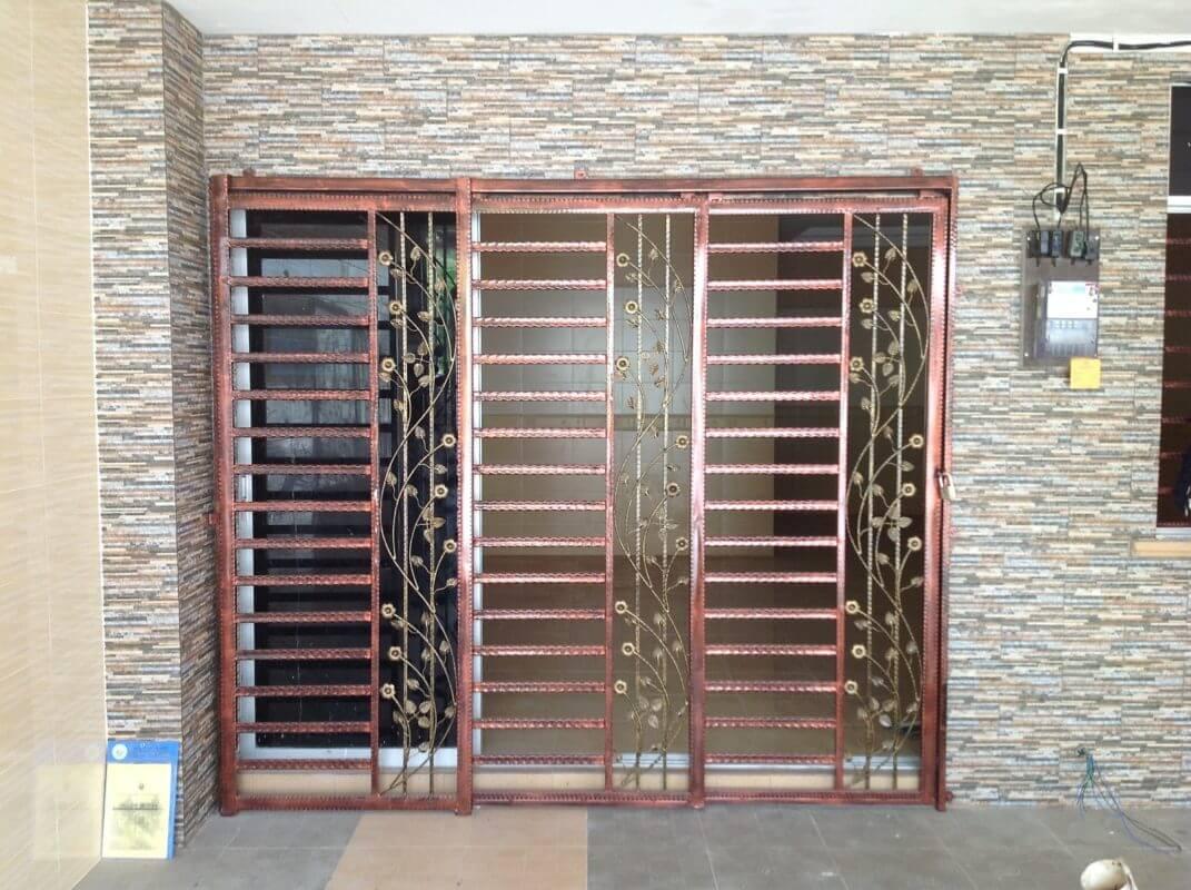 Các mẫu cửa sắt đẹp giá rẻ