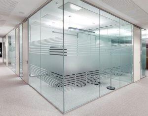 Tùy theo nhu cầu sử dụng, khách hàng có thể chọn loại cửa có độ dày thích hợp