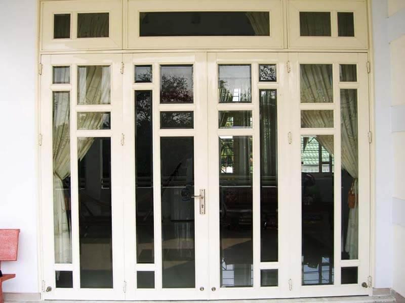 Các loại cửa sắt 1 cánh, 2 cánh thường được sử dụng